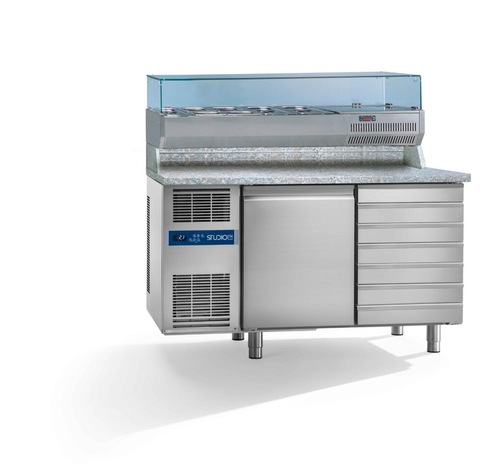 banco frigo per pizzeria studio54 con portabacinelle